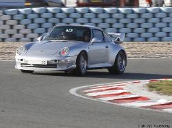 Nathalie Eeckhout sur le circuit de Croix en Ternois avec le club 911 Tourcoing